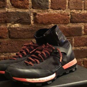 le adidas ultraboost tracce scarpe alte poshmark